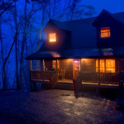 A cabin in the Smokies | HDR Photo